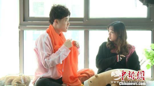 图为:刘嚷嚷(左)与沈香香。 a target='_blank' href='http://www.chinanews.com/'中新社/a浙江分社供图 摄
