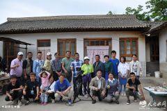 电影《彩虹的味道》正在天水秦安县紧张拍摄   著名演员王大元挑大梁(天之水网组图)