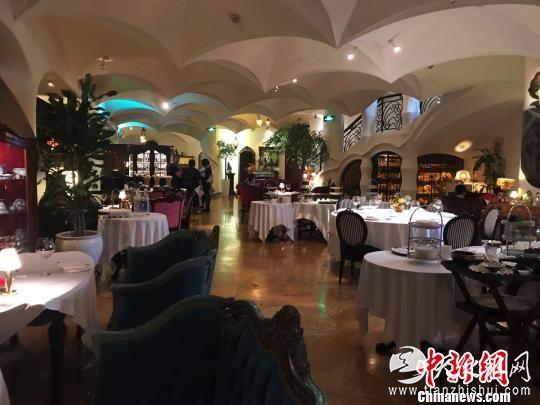 餐厅一楼。 王子涛 摄