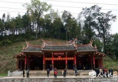 中国肉身坐佛:或成首例通过法庭追回的文物
